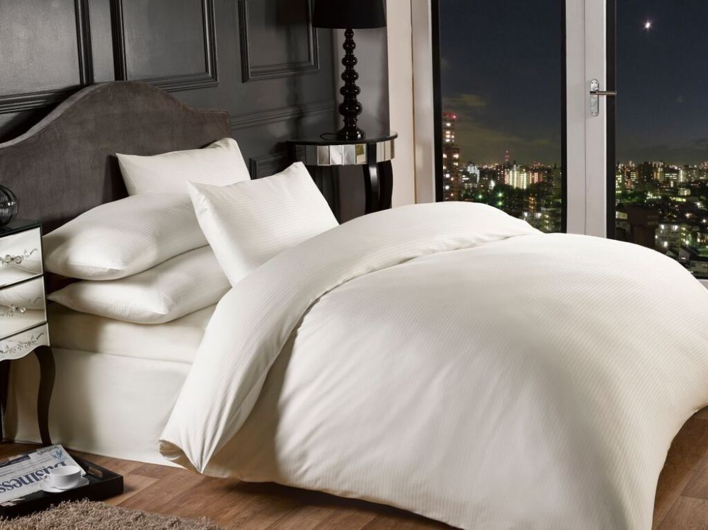 1000 Thread Count Cream Colour Luxury Superior Quality
